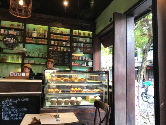 review cafe hoi an roastery